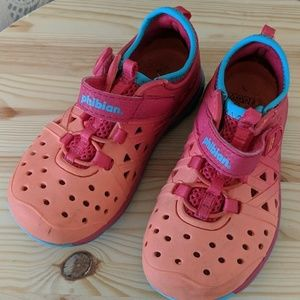 Stride rite sneakers 8t